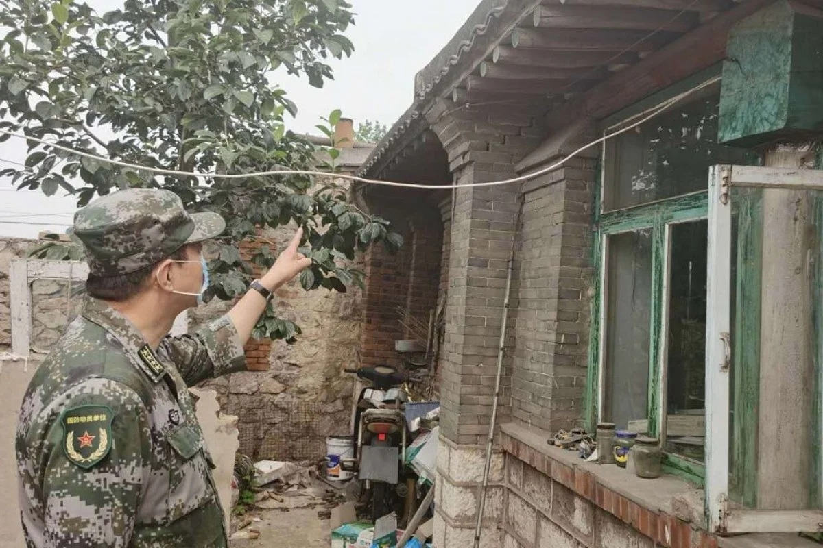 The quake that hit Tangshan on Sunday morning caused only minor damage to some older properties