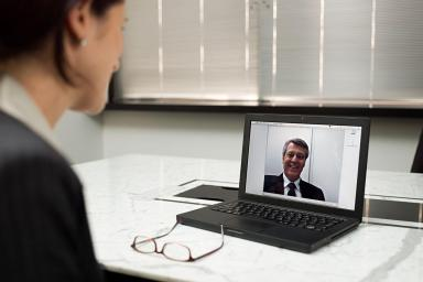 12 video chat teleconference 200551014 001